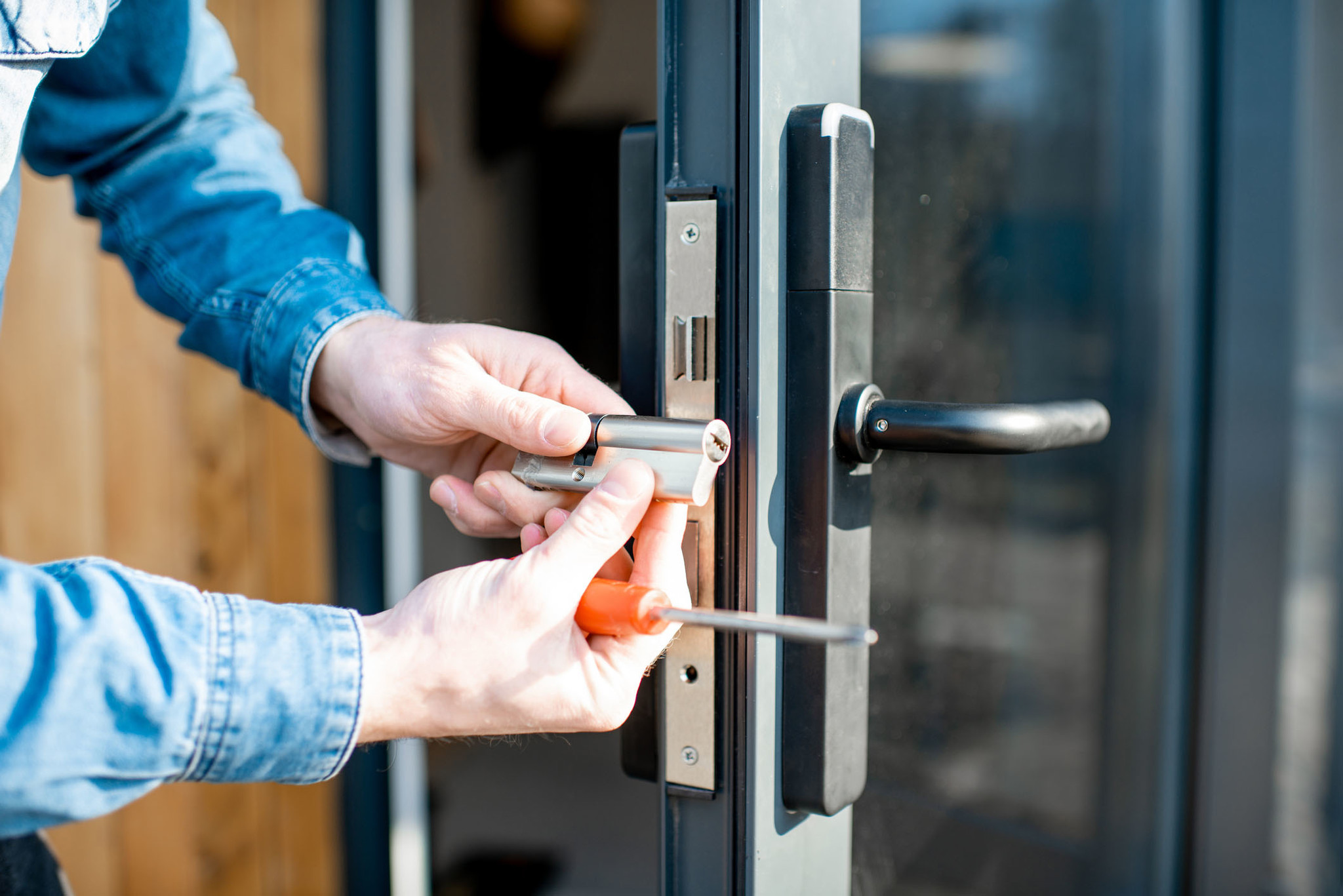 Locksmith Varies – Do You Need Auto Locksmiths, Safe Specialist, Or Commercial Lock Guy?